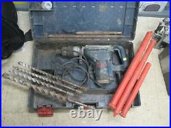 BOSCH 11247 1-9/16-in spline 10-Amp Keyless Rotary Hammer with bits and case