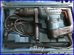 Bosch RH540S 12A 1-9/16 Spline Corded Variable Speed Rotary Hammer Drill WithBits