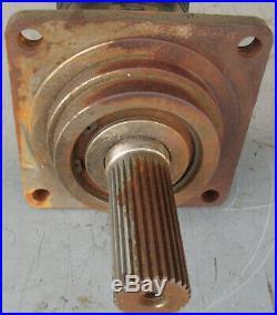 Char-lynn 177 hydraulic motor VIS 40 eaton 28 tooth spline Case