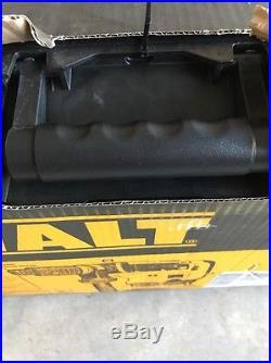 DEWALT 1-9/16 Spline Combination Rotary Hammer Kit D25553K New