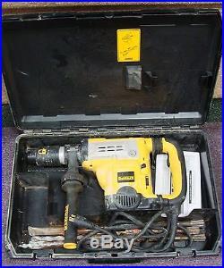 DeWALT D25651 1 3/4 Spline Rotary Hammer Drill With No Reserve