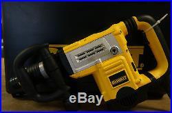 DeWalt D25851K 12 lb. Spline Demolition Hammer 13.5 Amp
