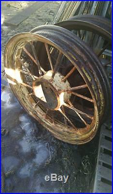 John Deere A 12 Spline Rear Round Spoke Wheel
