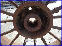 John Deere D rear round spoke 6 spline 8x32