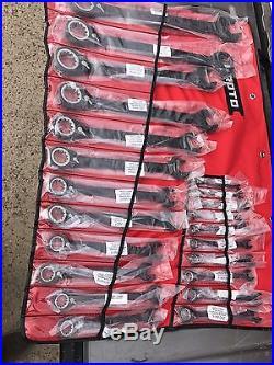 Proto JSCVM-22S 22 Piece mm Ratcheting Spline Wrench Set