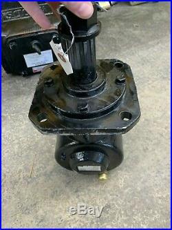 Round Style Gearbox 40hp 1147 4 Pattern Input Smooth Output 12 Spline