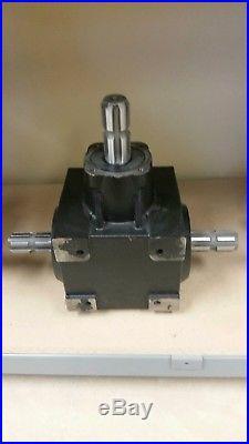T Style Gearbox 115 HP 1 3/8 -6 Spline for Grain Carts, Grain Baggers