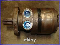 White Hydraulic Motor RE32080500 (New Old Stock) 14 Spline 4 Bolt Mount